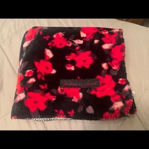 Victoria's Secret black with roses Sherpa blanket